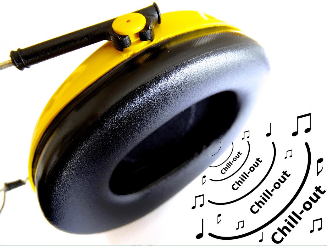 headphones-453177_1920